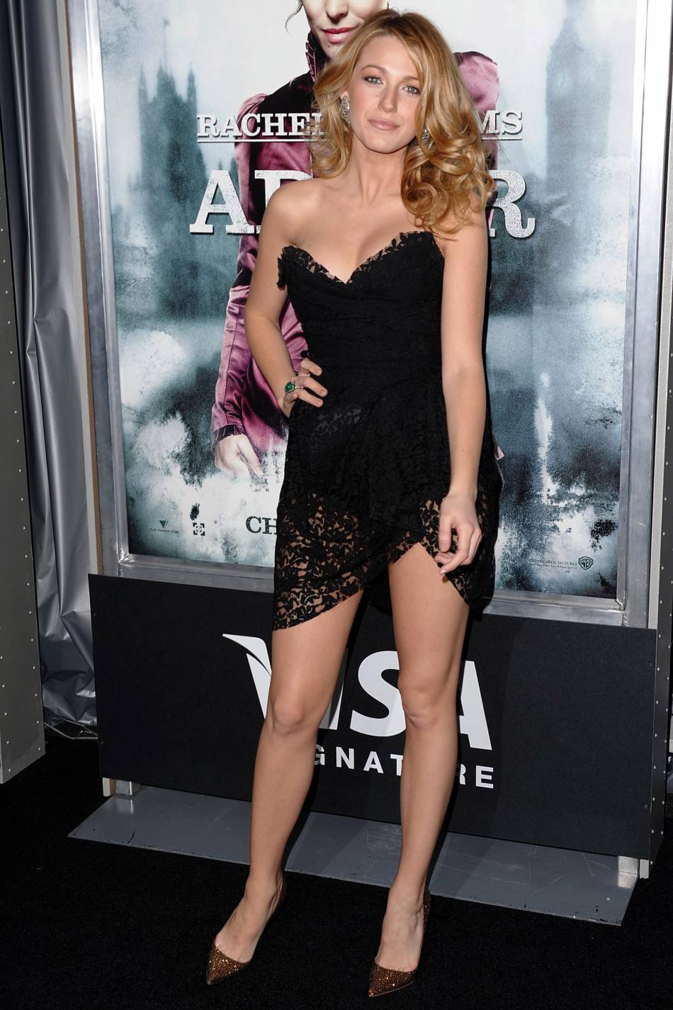 ¿Cuánto mide Blake Lively? - Real height 1735886-blake-lively-canonesque-a-la-premiere-d-950x0-3
