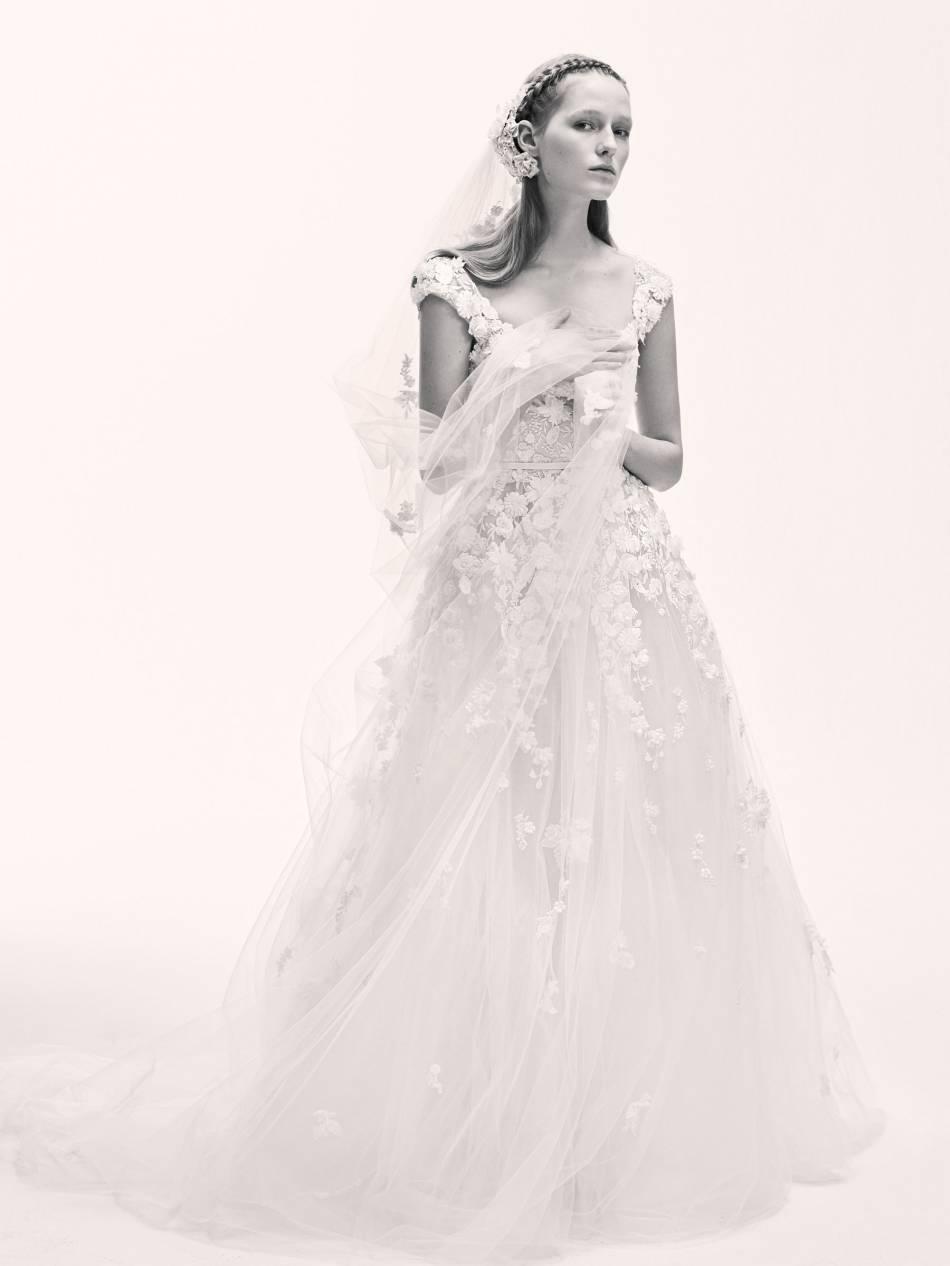 La robe de princesse fait toujours son effet le jour J.
