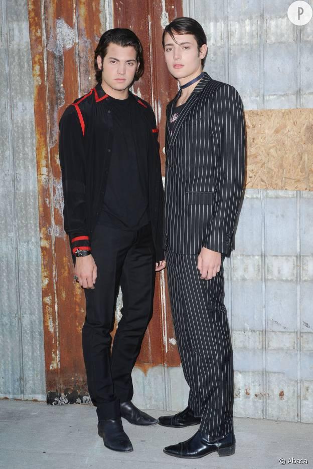 Peter Brant II et Harry Brant sont les fils de Stephanie Seymour qui ont attiré l'oeil de Givenchy.