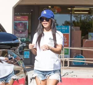 Kourtney Kardashian est-elle trop maigre ? Ses jambes filiformes sèment le doute