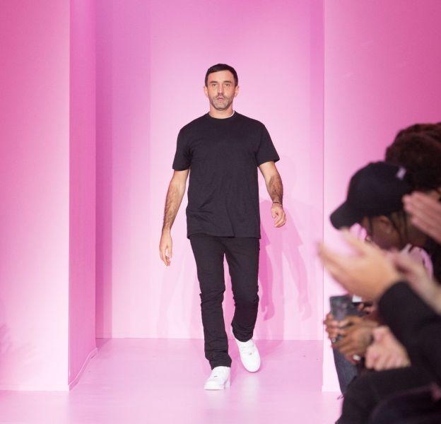 """Riccardo Tisci élu """"agitateur mode"""" de l'année par le Time."""