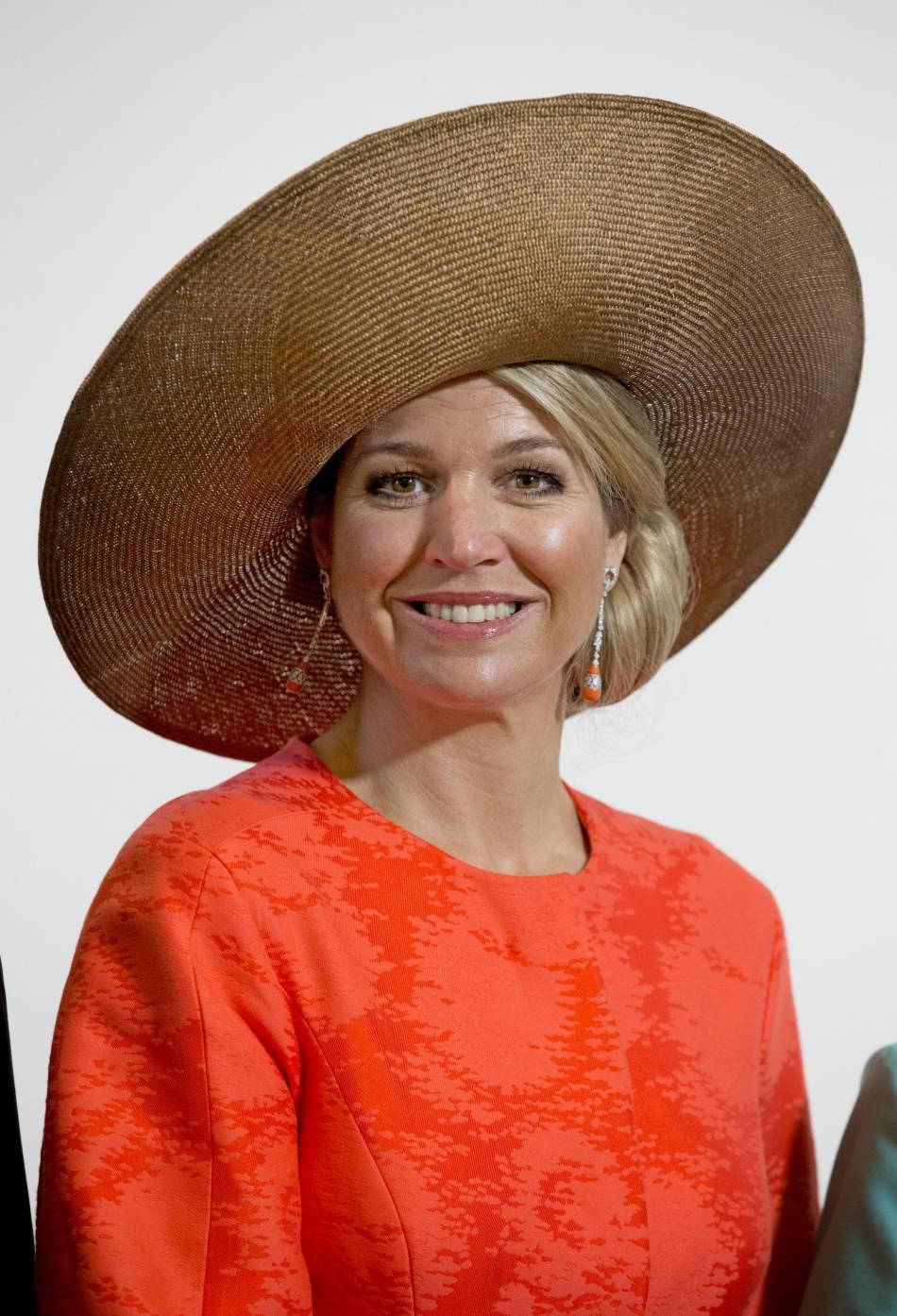 Maxima des Pays-Bas a porté ce chapeau XL pour la septième fois de son règne.