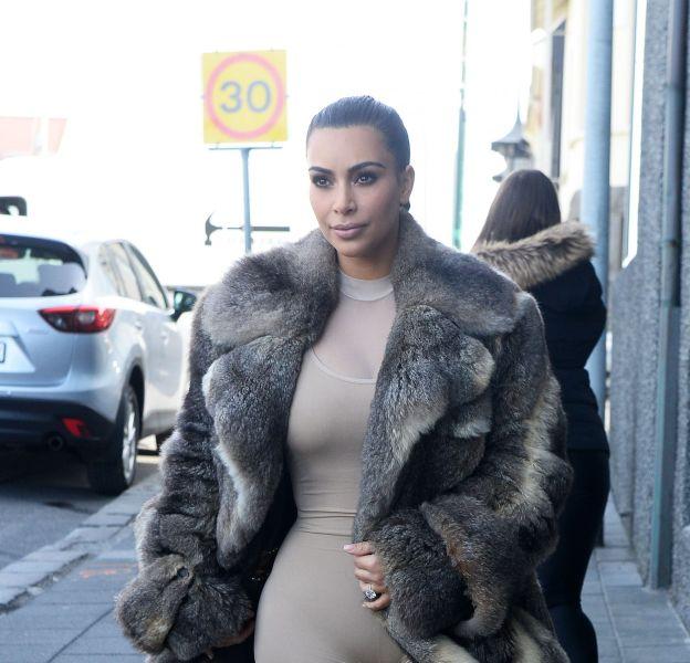 Kim Kardashian dévoile les coulisses d'un photoshoot très hot sur Instagram.