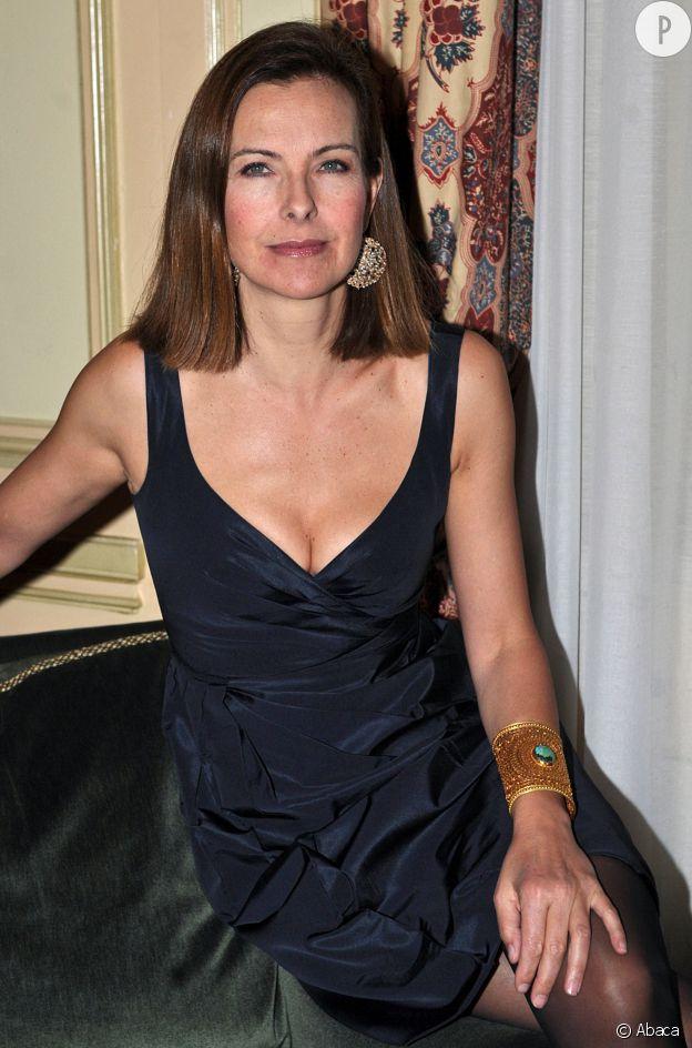 """Carole Bouquet au """"Bal de Paris""""."""