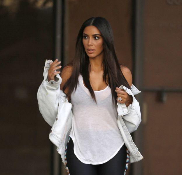 Kim Kardashian est au Mexique et elle en profite pour montrer son tout nouveau corps.