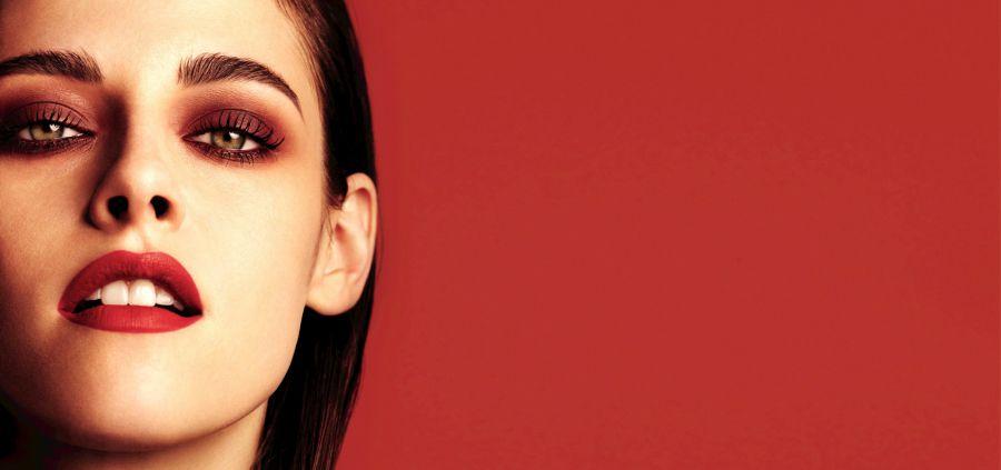 Chanel voit la vie en rouge avec Kristen Stewart