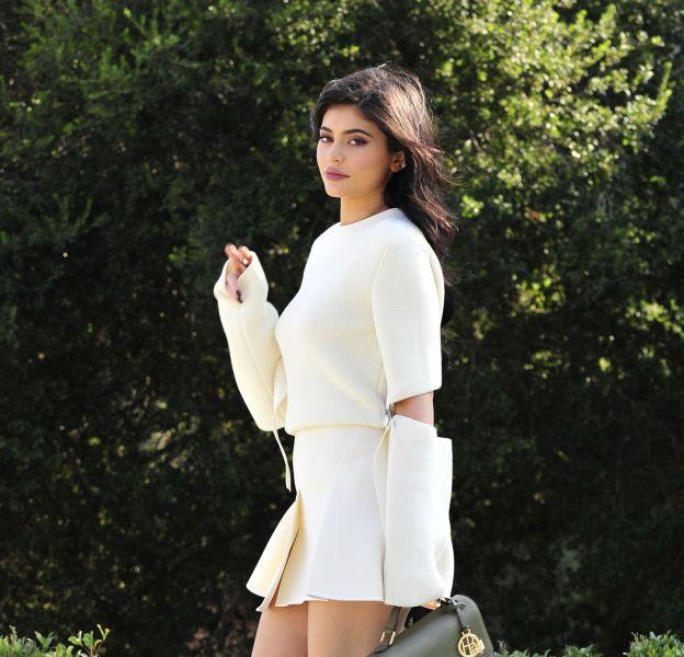 Finies les vacances, Kylie se remet au boulot en lançant de nouveaux lipkits.