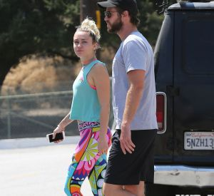 La chanteuse Miley Cyrus et son compagnon, Liam Hemsworth