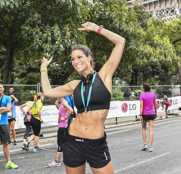 Laury Thilleman lors de la Parisienne 2016 le 11 septembre à Paris.