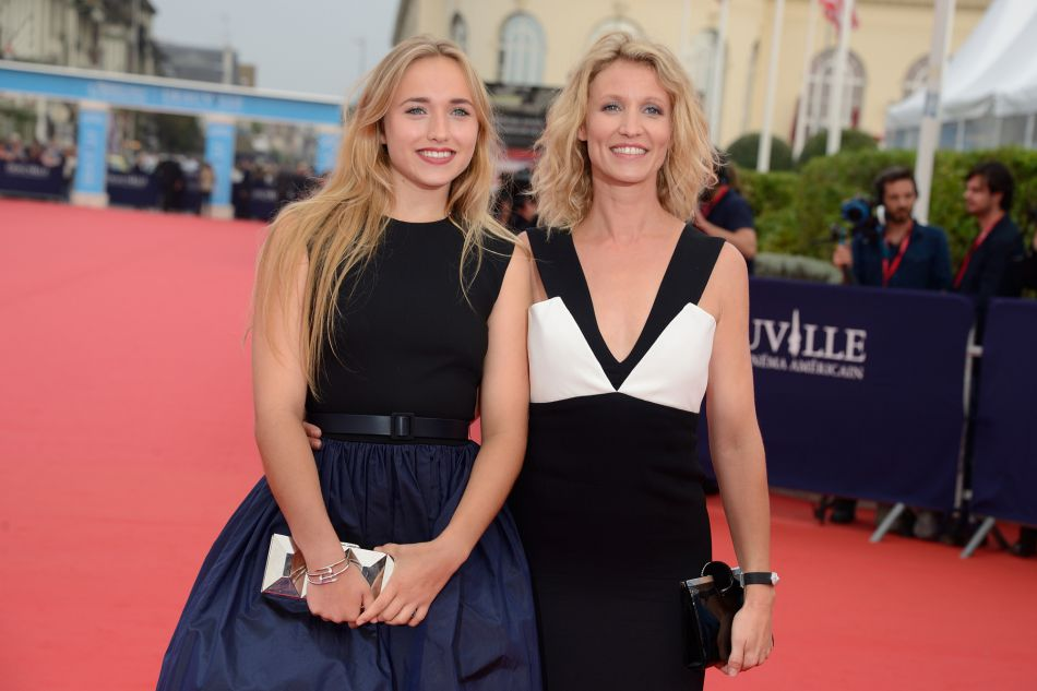 Alexandra lamy maman tr s fi re de chlo jouannet for Enfant dujardin