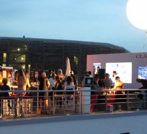 La soirée Clarins x Puretrend sur le toit de la piscine Molitor.