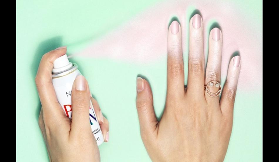 Spray, éponge, marqueur : les nouvelles manières d'appliquer son vernis.