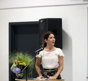 Mary du Danemark est une princesse élégante qui rivalise face au look de Kate Middleton.