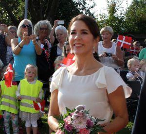 Mary du Danemark, la princesse opte pour un look fleuri