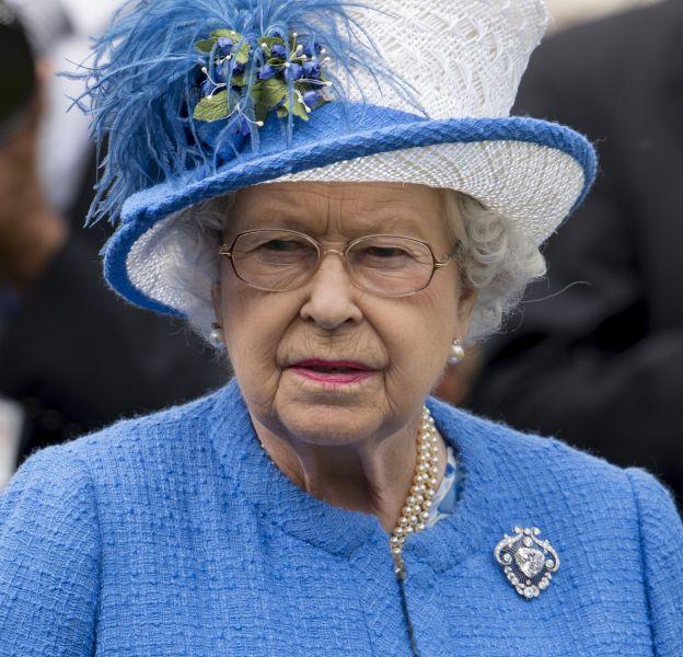 """Elizabeth II, pas très """"open"""" ? Il va falloir qu'elle accepte le coming out de son cousin !"""