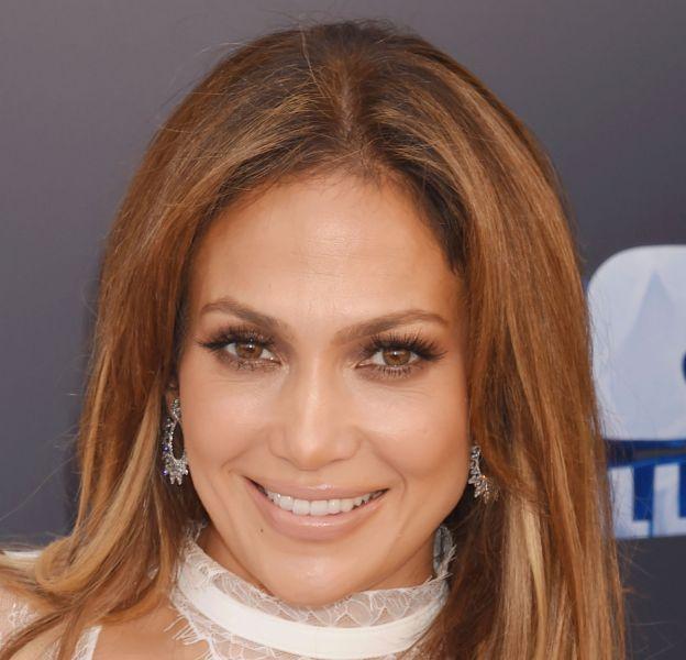 Jennifer Lopez se montre au naturel sur Instagram et elle est radieuse !
