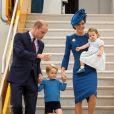 Justin Trudeau a tenté plusieurs fois de saluer le prince George... En vain !