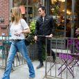 Jennifer Aniston aurait rencontré son ex, Brad Pitt, quelques semaines avant qu'il annonce sa séparation avec Angelina Jolie d'après  Radar Online.