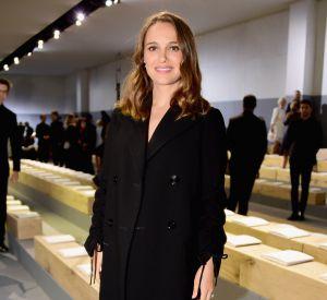 Natalie Portman toujours très chic en front row de Dior.