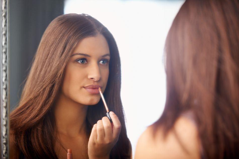 Voici la marche à suivre pour obtenir un maquillage naturel.