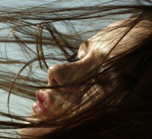 Cheveux bruns : comment en prendre soin ?