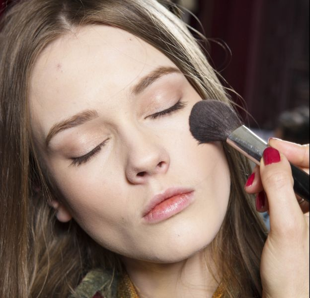Comment transformer un make up de jour en maquillage de soirée ?