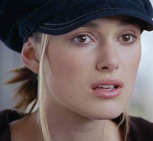 """Love Actually"" ou l'anecdote cachée derrière la casquette de Keira Knightley"