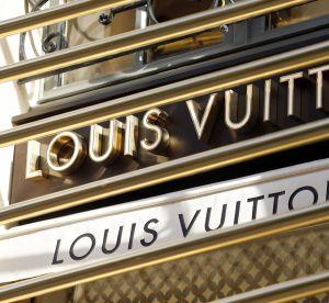 Vuitton lance un étui à rouge à lèvres à prix d'or (mais qui vaut le détour)