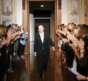 Christian Lacroix lors de son défilé Haute Couture Automne Hiver 2009-2010