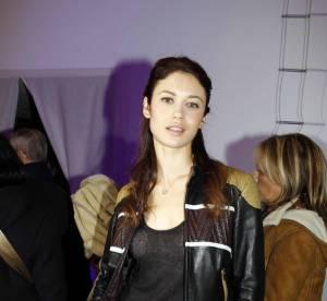 Olga Kurylenko joue les motardes sexy... A shopper !