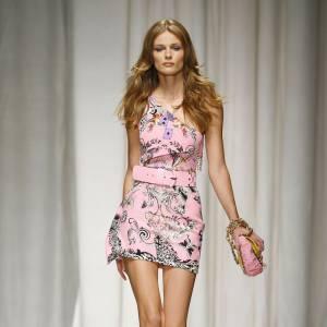 Défilé Versace - Edita Vilkeviciute - Milan Printemps Eté 2010