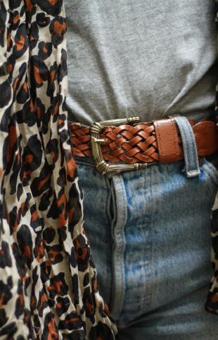 http://static1.puretrend.com/articles/1/41/18/1/@/367253-ceinture-vintage-de-chez-frip-star-310x483-2.jpg
