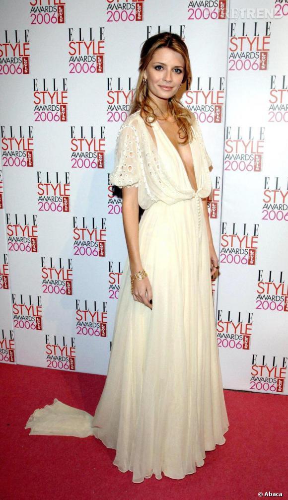 Mischa Barton aime les longues robes bohèmes