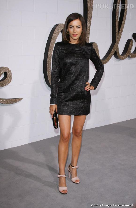 6af4a6c212d36 Courte, noire et brillante   la petite robe noire idéale de Camilla Belle !