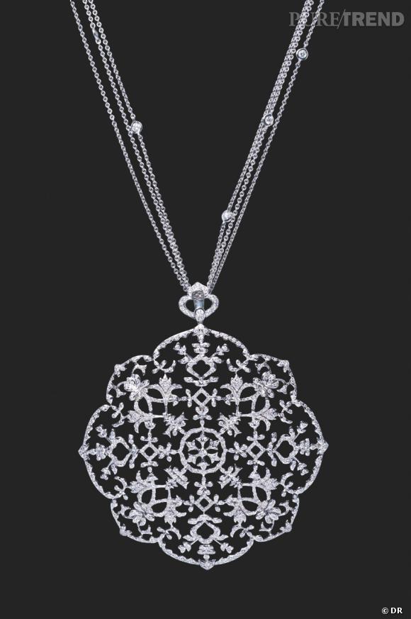 Collier Messika Grenade Collection Arabesque En Or Et Diamants 3 5