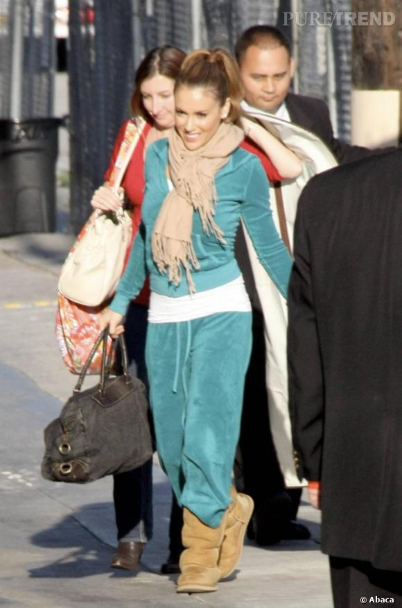 Alyssa Milano arrivant aux studios de l'émission The Jimmy Kimmel Show, à Los Angeles
