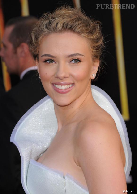 Tout simplement sublime, Scarlett Johansson en Armani Privé.