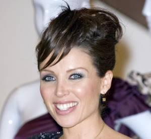Dannii Minogue enceinte et sexy !