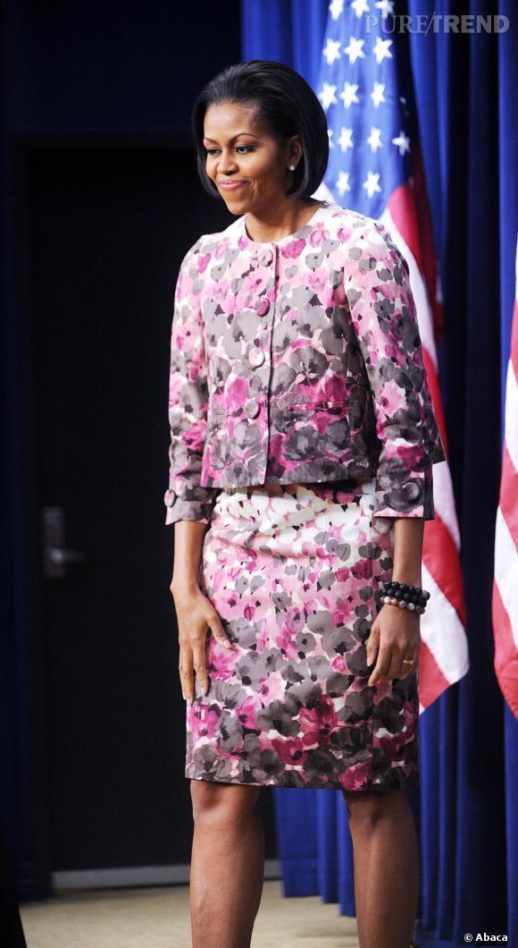 Michelle Obama en tailleur, mais toujours aussi fleurie à Washington D.C. La première dame a visiblement un faible pour le style printanier.