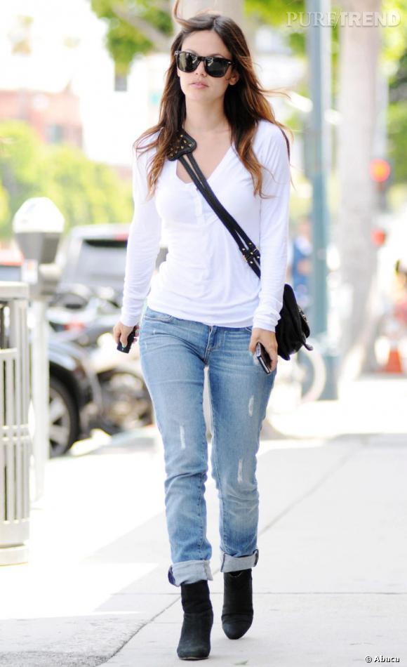 Rachel Bilson dans les rues de Beverly Hills à Los Angeles