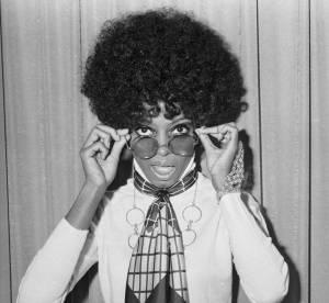 De Diana Ross à Claudia Schiffer : la coupe afro