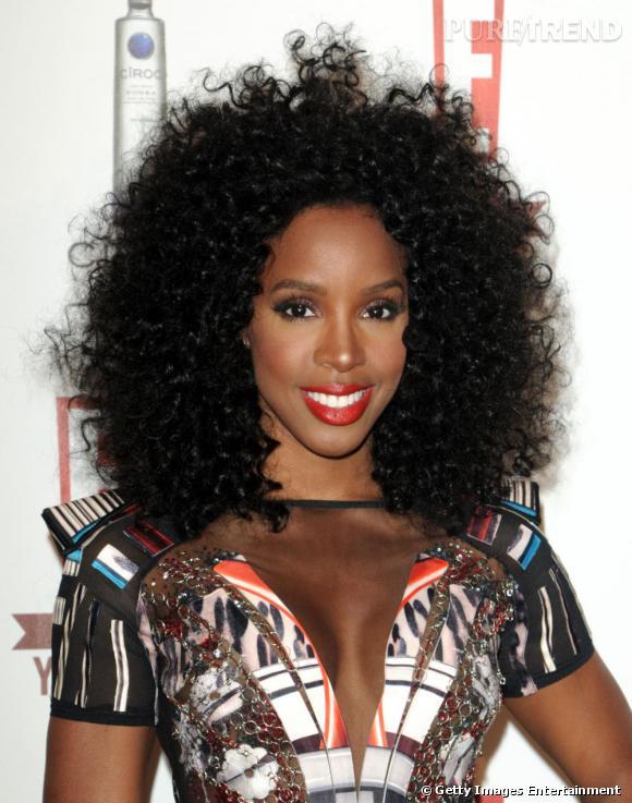 Kelly Rowland copie sa copine des Destiny's Child, Beyoncé, et craque pour l'afro.