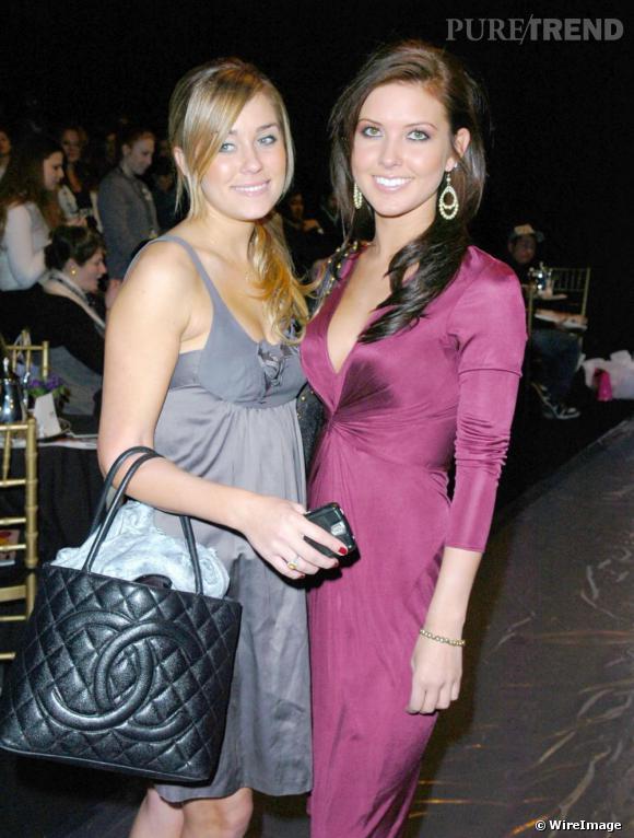 Lauren Conrad, styliste et écrivain à ses heures perdues opte pour le code Chanel sur un sac matelassé.