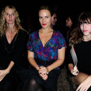 Sandrine Kiberlain, Judith Godrèche et Lou Doillon ont assisté au défilé Vanessa Bruno.
