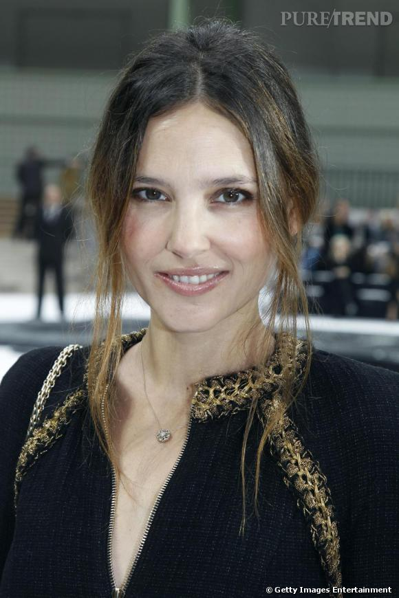 La belle Virginie Ledoyen chez Chanel.