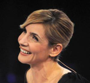 Clotilde Courau, la robe de pierres