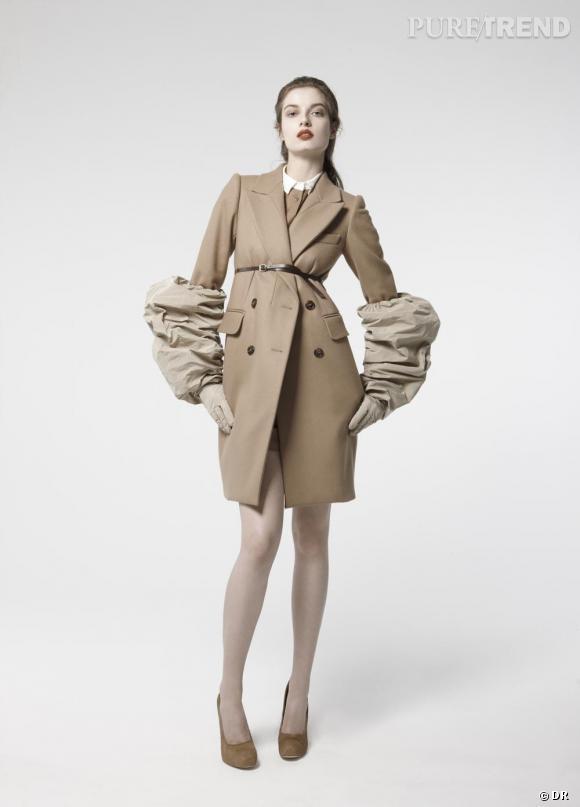 Manteau Carven, 690€ sur Net-a-porter.com.