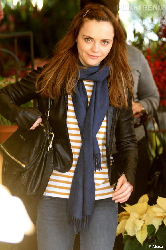 Christina Ricci le 24 décembre fait ses courses de Noël.