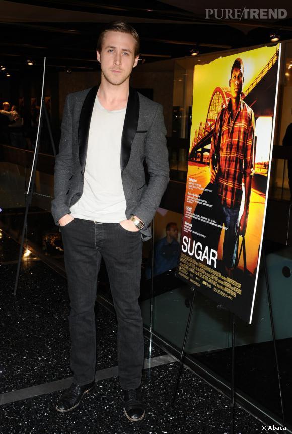 """Nom : Ryan Gosling CV : On l'a adoré dans """"N'oublie Jamais"""". Après un petit passage à vide, l'année 2011 s'annonce chargée pour lui puisqu'il sera à l'affiche de 5 films dont """"Blue Valentine"""" avec Michelle Williams."""