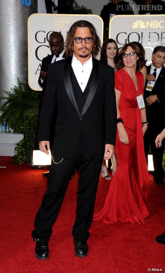 Johnny Depp sexy comme à son habitude.